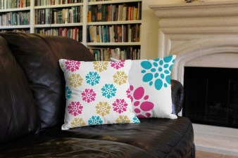 Cute Spring Porch Pillow Decoration Ideas That Will Inspire You 04