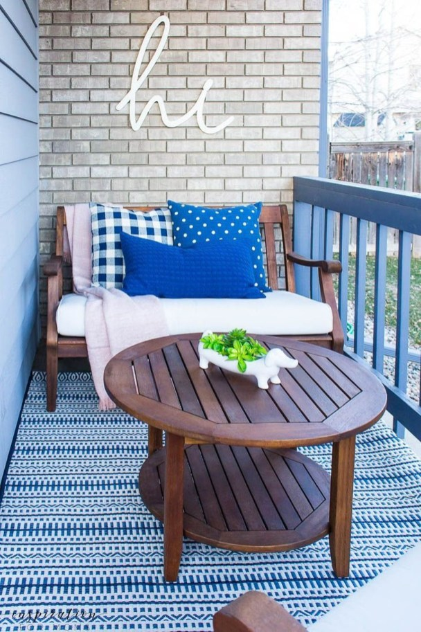 Cute Spring Porch Pillow Decoration Ideas That Will Inspire You 46