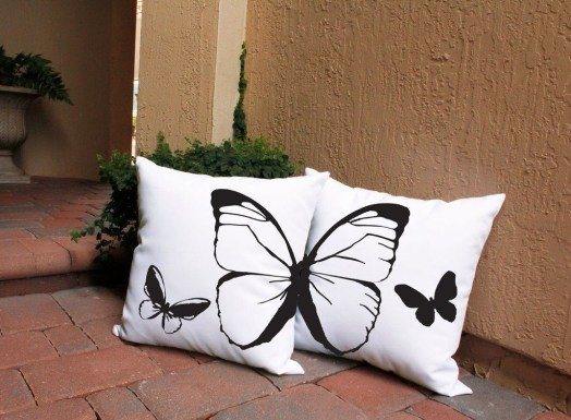 Cute Spring Porch Pillow Decoration Ideas That Will Inspire You 47