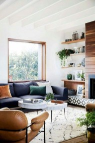 Easy And Simple Shelves Decoration Ideas For Living Room Storage 22