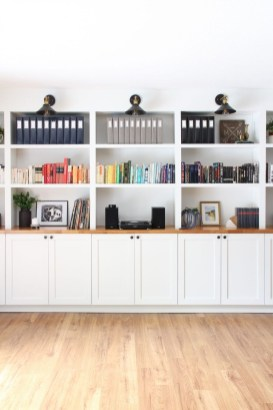 Easy And Simple Shelves Decoration Ideas For Living Room Storage 45