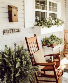 Elegant Chair Decoration Ideas For Spring Porch 22