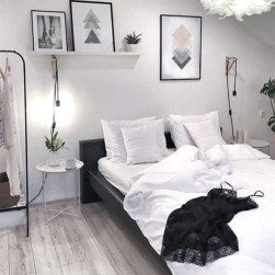 Fabulous White Bedroom Design In The Small Apartment 19