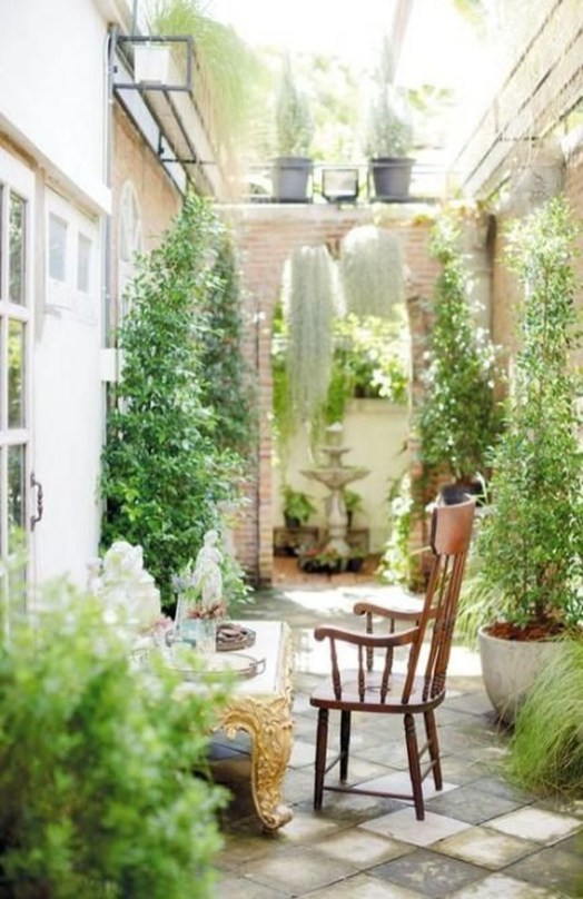 Fascinating Small Balcony Ideas With Relax Seating Area 48