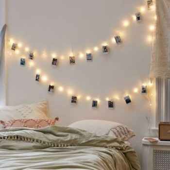 Pretty DIY Fairy Light Ideas For Minimalist Bedroom Decoration 12