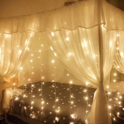 Pretty DIY Fairy Light Ideas For Minimalist Bedroom Decoration 33