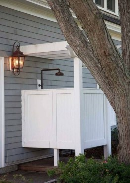 Spectacular Outdoor Bathroom Design Ideas That Feel Like A Vacation 15