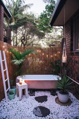 Spectacular Outdoor Bathroom Design Ideas That Feel Like A Vacation 27