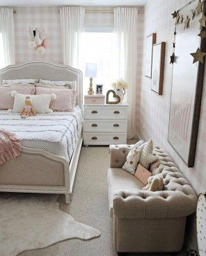 Stunning Teenage Bedroom Decoration Ideas With Big Bed 10