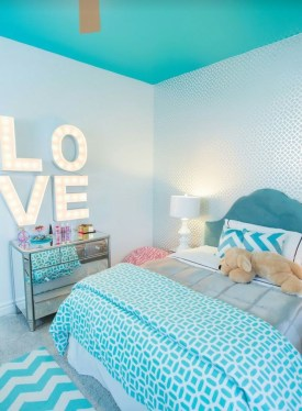 Stunning Teenage Bedroom Decoration Ideas With Big Bed 30