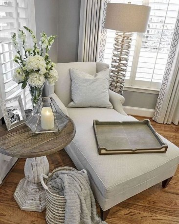 Superb Living Room Decor Ideas For Spring To Try Soon 24