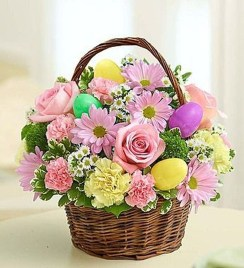 Astonishing Easter Flower Arrangement Ideas That You Will Love 03