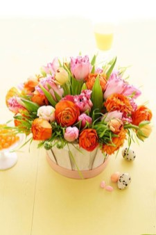 Astonishing Easter Flower Arrangement Ideas That You Will Love 42