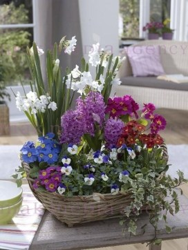 Astonishing Easter Flower Arrangement Ideas That You Will Love 48