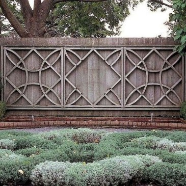 Beautiful Garden Fence Decorating Ideas To Follow 07