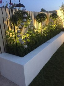 Beautiful Garden Fence Decorating Ideas To Follow 14