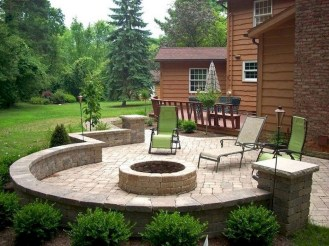 Comfy Spring Backyard Ideas With A Seating Area That Make You Feel Relax 04