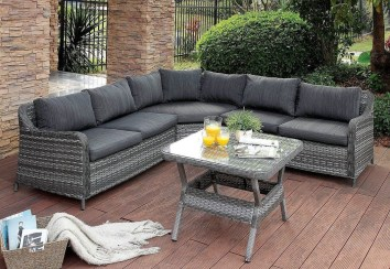Comfy Spring Backyard Ideas With A Seating Area That Make You Feel Relax 30