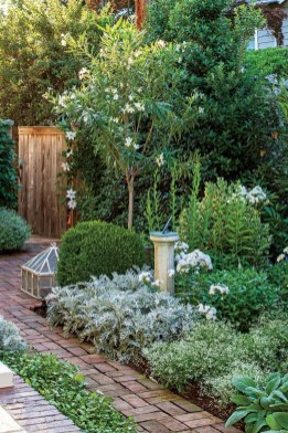 Cute Outdoor Garden Decoration Ideas You Will Love 18