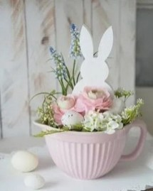 Inspirational Easter Decorations Ideas To Impress Your Guests 23