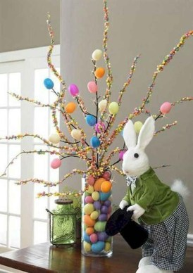 Inspirational Easter Decorations Ideas To Impress Your Guests 27