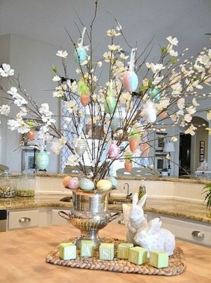 Inspirational Easter Decorations Ideas To Impress Your Guests 42