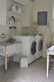 Inspiring Laundry Room Design With French Country Style 06
