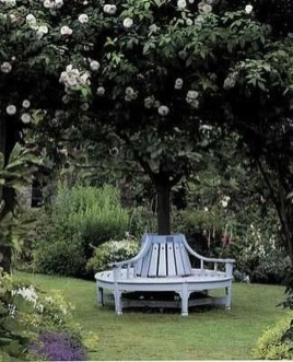 Luxury Garden Furniture Ideas To Enjoy Your Spring Backyard 24