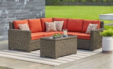 Luxury Garden Furniture Ideas To Enjoy Your Spring Backyard 37