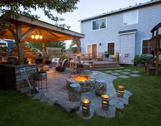 Marvelous Backyard Fireplace Ideas To Beautify Your Outdoor Decor 08