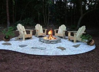 Marvelous Backyard Fireplace Ideas To Beautify Your Outdoor Decor 13