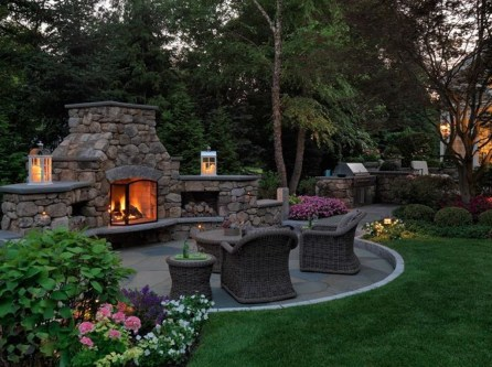 Marvelous Backyard Fireplace Ideas To Beautify Your Outdoor Decor 29