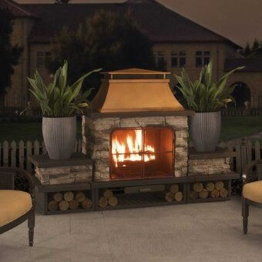 Marvelous Backyard Fireplace Ideas To Beautify Your Outdoor Decor 39
