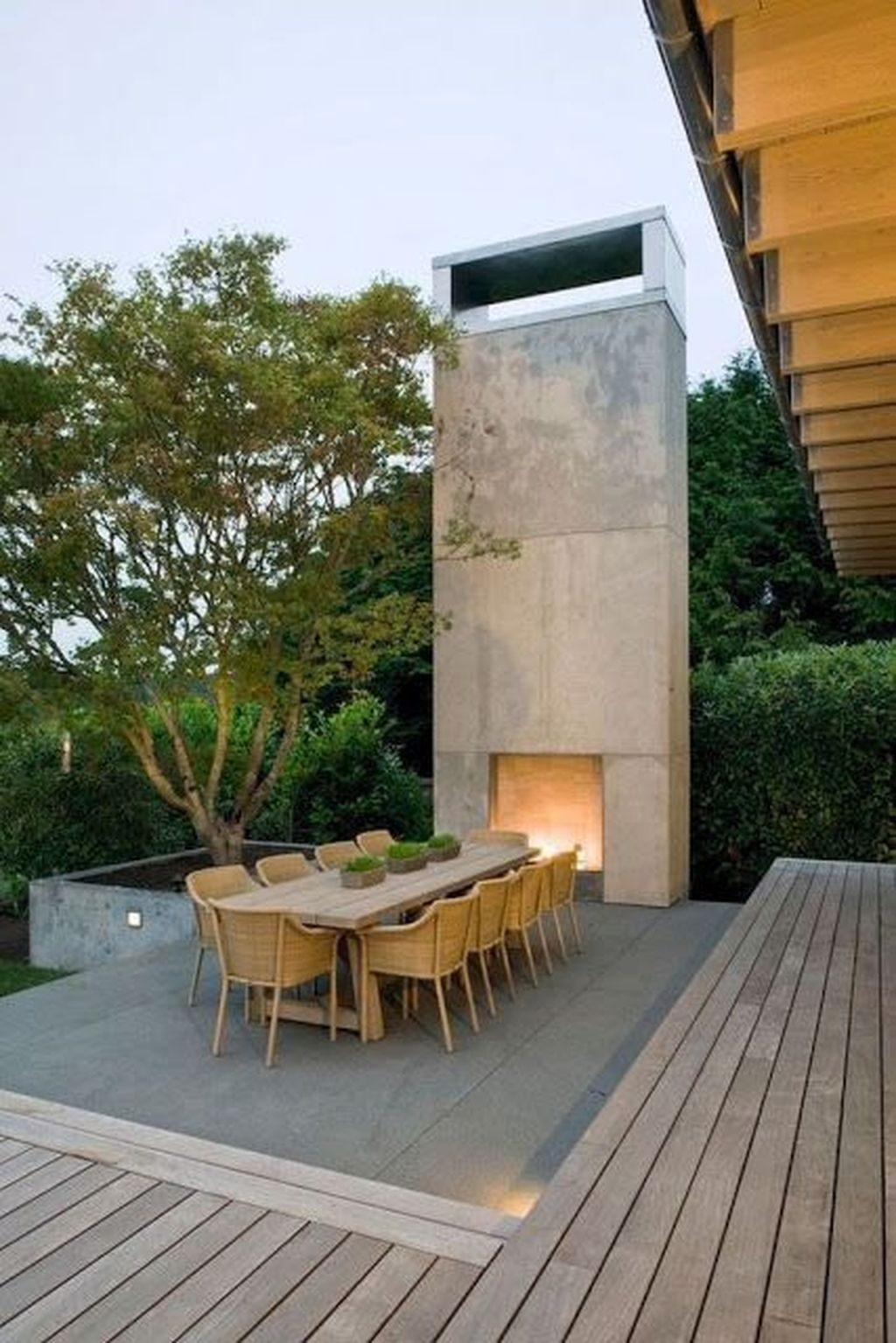 Marvelous Backyard Fireplace Ideas To Beautify Your Outdoor Decor 43