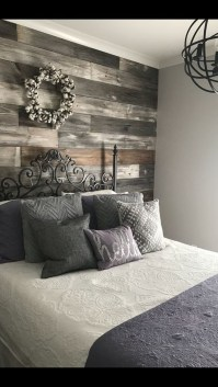 Perfect Choices Of Furniture For A Farmhouse Bedroom 27
