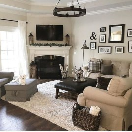 Popular Ways To Efficiently Arrange Furniture For Small Living Room 04