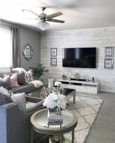 Popular Ways To Efficiently Arrange Furniture For Small Living Room 08
