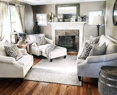 Popular Ways To Efficiently Arrange Furniture For Small Living Room 14