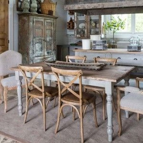 Rustic Farmhouse Table Ideas To Use In The Decor 35