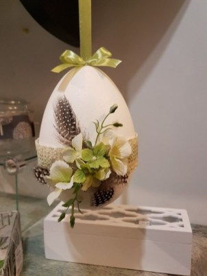 Stunning Easter Home Decoration Ideas That Everyone Will Love This Spring 07