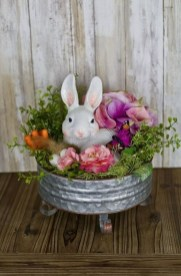 Superb Easter Indoor Decoration Ideas For Your Home 23