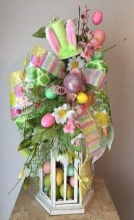 Superb Easter Indoor Decoration Ideas For Your Home 31