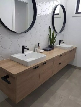 Unordinary Bathroom Design Ideas With Stunning Wood Shades 44