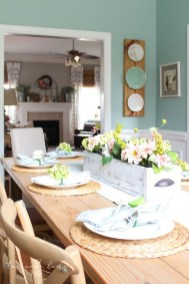 Adorable Spring Centerpieces Ideas For Dining Room Decor 12
