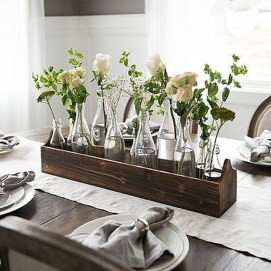 Adorable Spring Centerpieces Ideas For Dining Room Decor 31