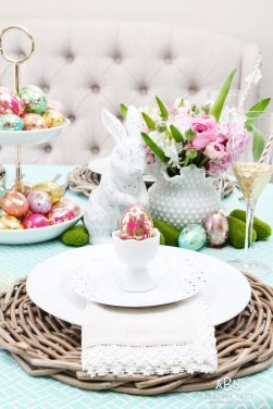 Marvelous Easter Tablescapes That Will Make Your Jaw Drop 08
