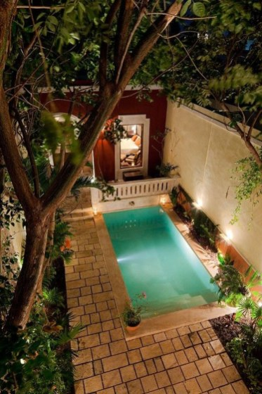 Simple Tiny Swimming Pool Ideas For Stunning Small Backyard 13