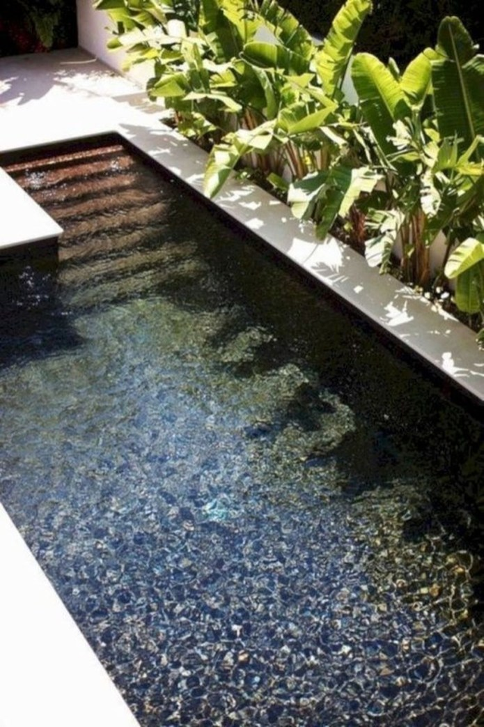 Simple Tiny Swimming Pool Ideas For Stunning Small Backyard 40