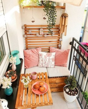 Small Balcony Ideas For A Relaxing Place Get Rid Of Saturation 27