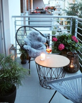 Small Balcony Ideas For A Relaxing Place Get Rid Of Saturation 42